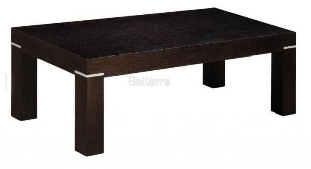 Stůl do jídelny s kovový prvkem