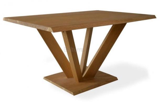 Kulatý stůl do kavárny